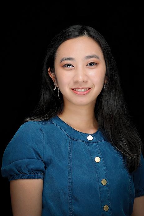 Tracy Ngo headshot